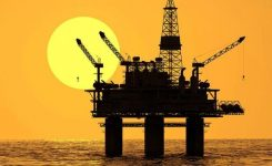 Government cashes in on global oil price decline